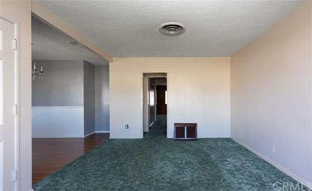 Closed | 419 E 3rd Street Rialto, CA 92376 14