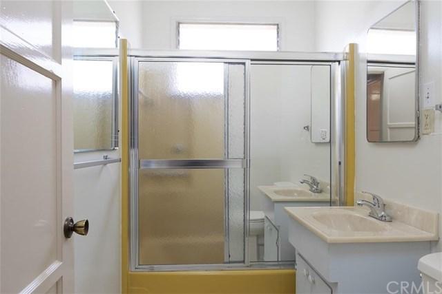 Closed | 419 E 3rd Street Rialto, CA 92376 16