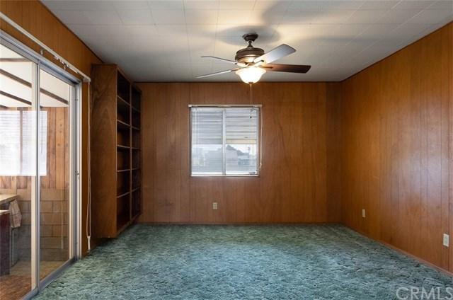 Closed | 419 E 3rd Street Rialto, CA 92376 19