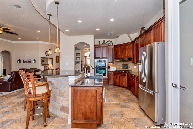 Active | 23934 Verde River  San Antonio, TX 78255 8