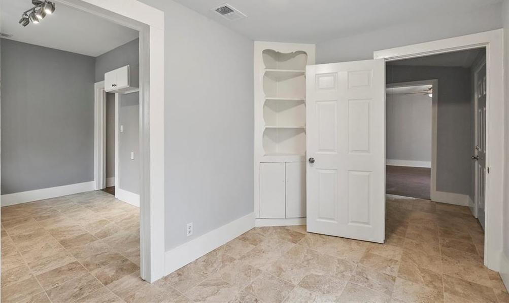 Sold Property | 224 W Clarendon Drive Dallas, Texas 75208 14