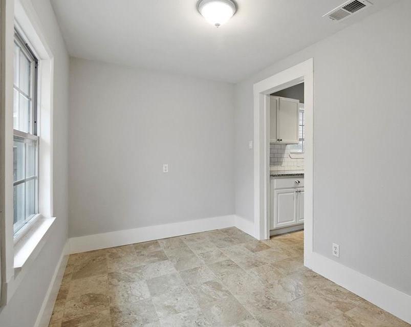 Sold Property | 224 W Clarendon Drive Dallas, Texas 75208 15