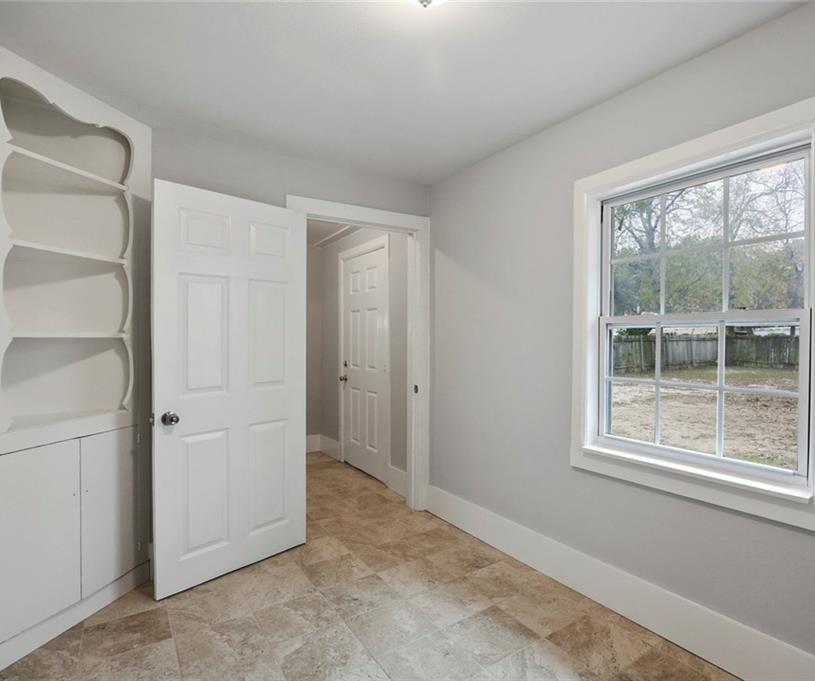 Sold Property | 224 W Clarendon Drive Dallas, Texas 75208 16