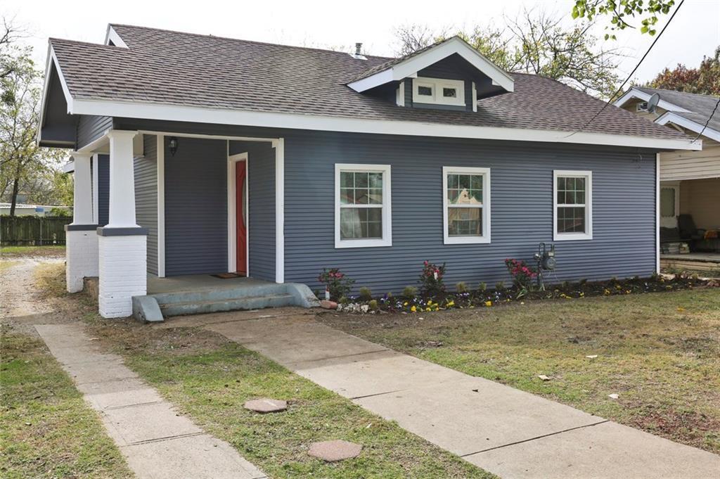 Sold Property | 224 W Clarendon Drive Dallas, Texas 75208 2
