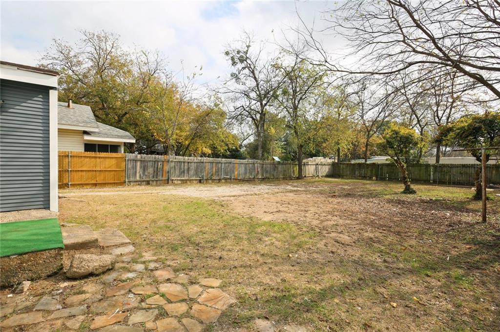 Sold Property | 224 W Clarendon Drive Dallas, Texas 75208 34
