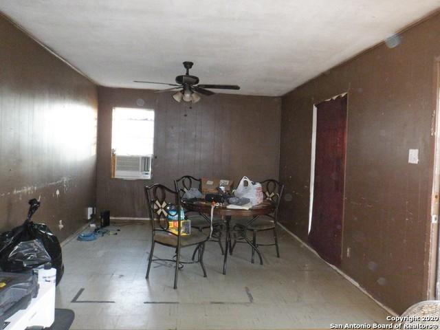 Pending SB | 202 PARK PLAZA San Antonio, TX 78237 2