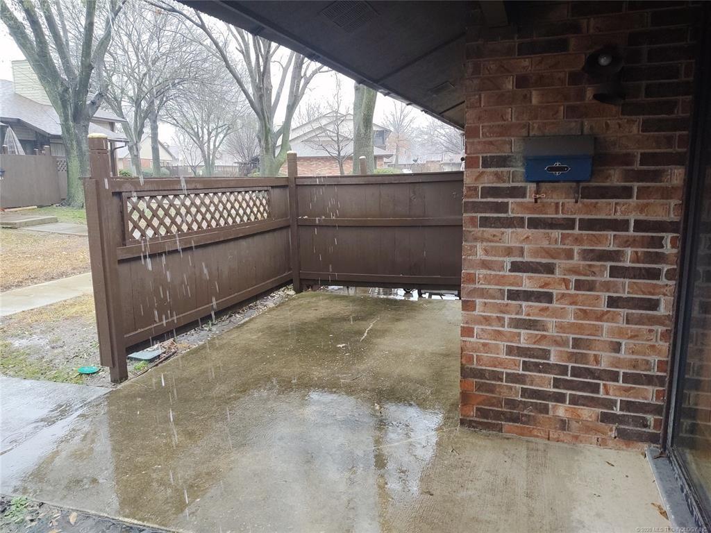 Condo ownership, luxury living, Pool & Clubhouse   1221 S 112th East Avenue #25-3b Tulsa, OK 74128 2