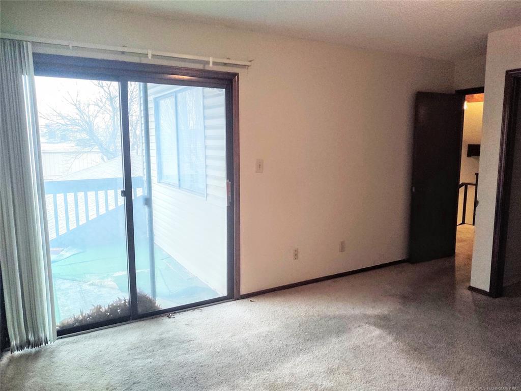 Condo ownership, luxury living, Pool & Clubhouse   1221 S 112th East Avenue #25-3b Tulsa, OK 74128 11