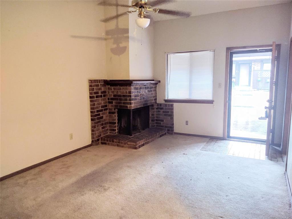 Condo ownership, luxury living, Pool & Clubhouse   1221 S 112th East Avenue #25-3b Tulsa, OK 74128 3