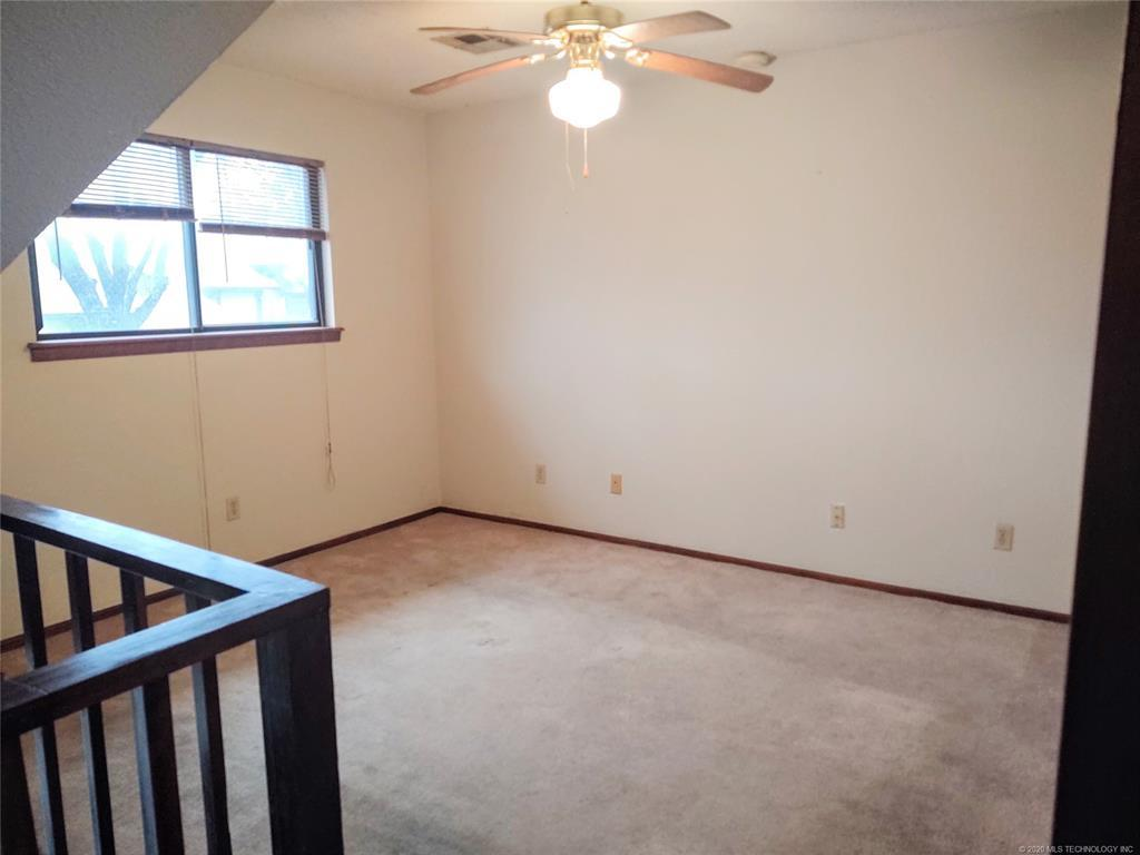 Condo ownership, luxury living, Pool & Clubhouse   1221 S 112th East Avenue #25-3b Tulsa, OK 74128 10