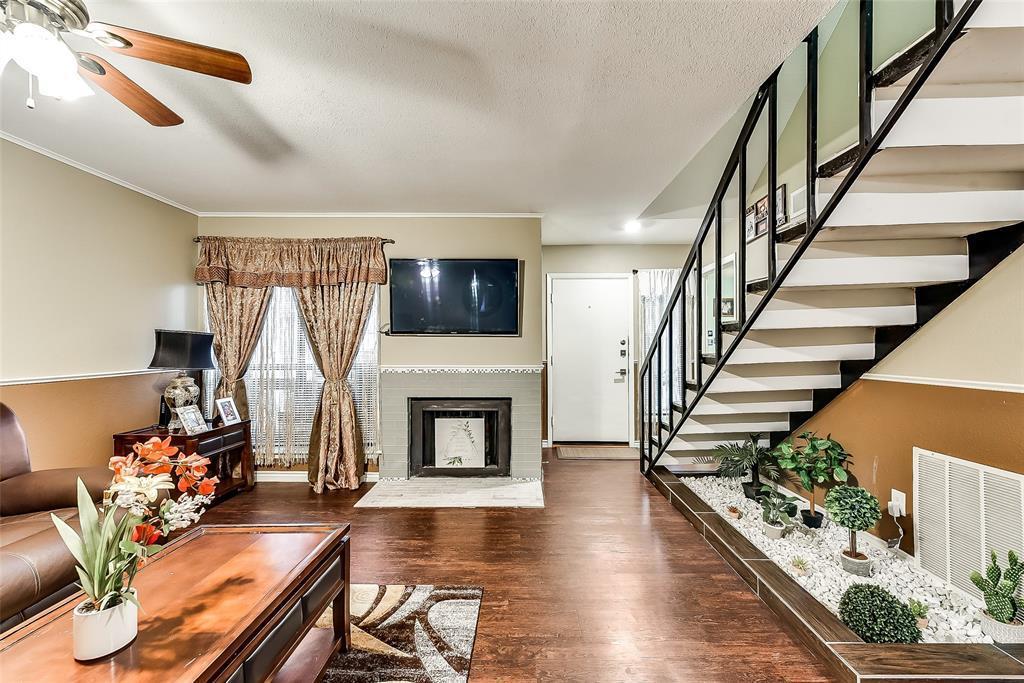 Sold Property | 3045 Park Lane #1056 Dallas, TX 75220 2