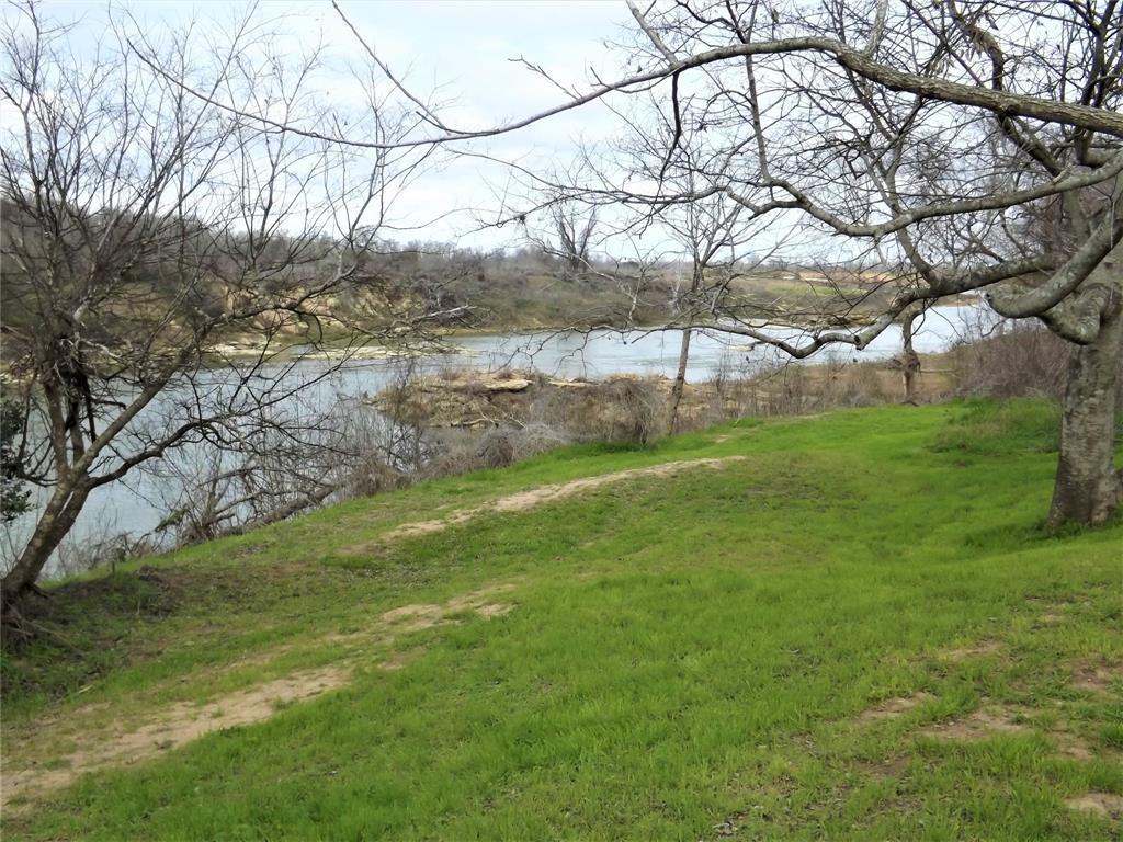 Sold Property | 510 North Street Drive Columbus, TX 78934 3