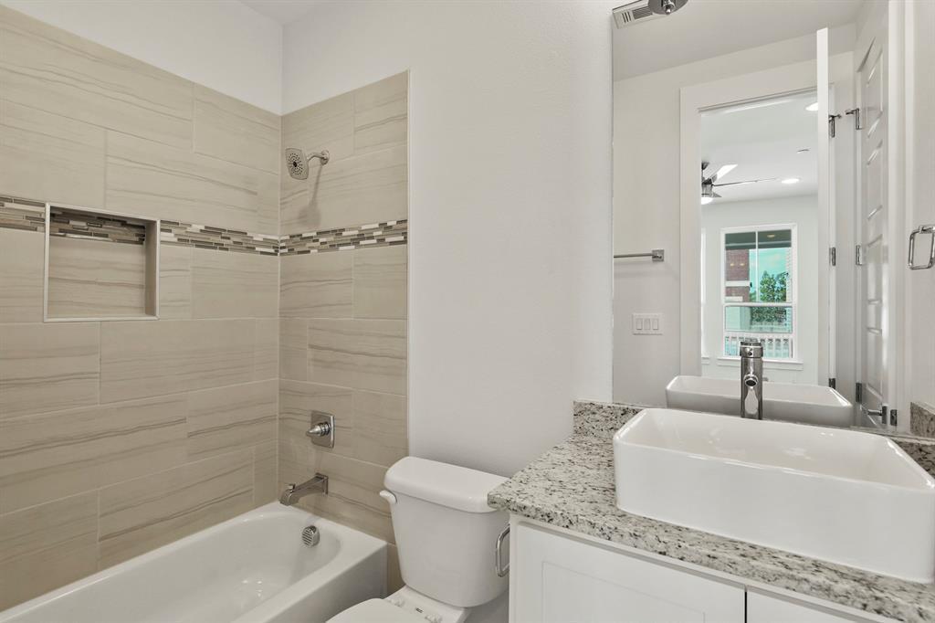 Sold Property   221 S Village  Way Lewisville, TX 75057 5