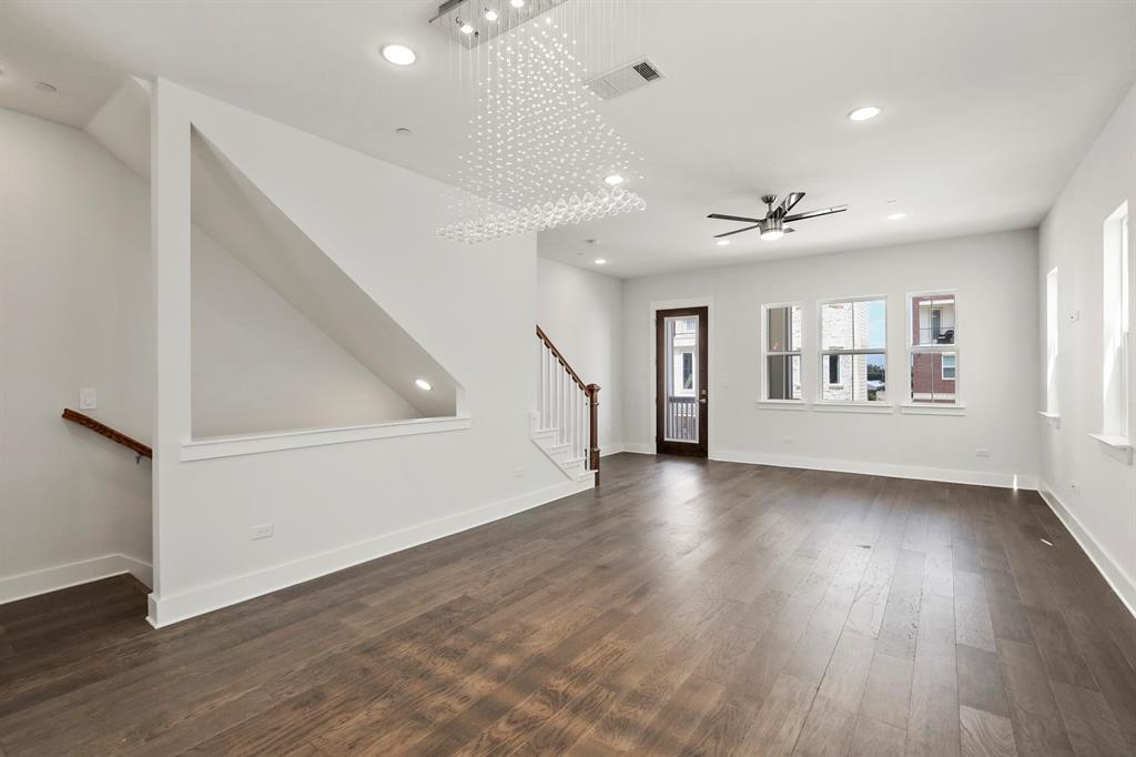 Sold Property   221 S Village  Way Lewisville, TX 75057 10