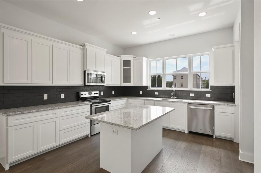 Sold Property   221 S Village  Way Lewisville, TX 75057 14