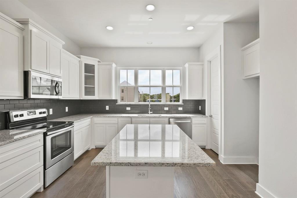 Sold Property   221 S Village  Way Lewisville, TX 75057 15