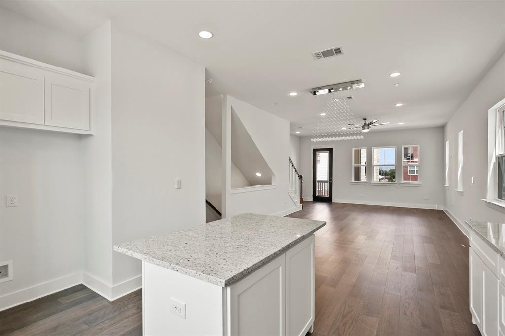 Sold Property   221 S Village  Way Lewisville, TX 75057 18