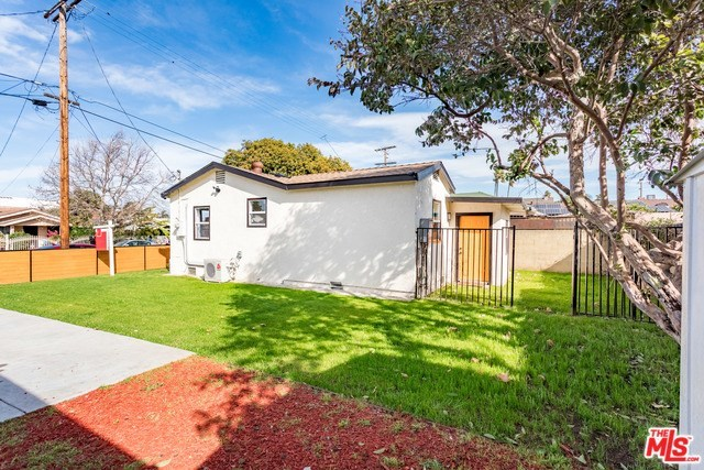 Closed | 3130 W 67TH Street Los Angeles, CA 90043 22