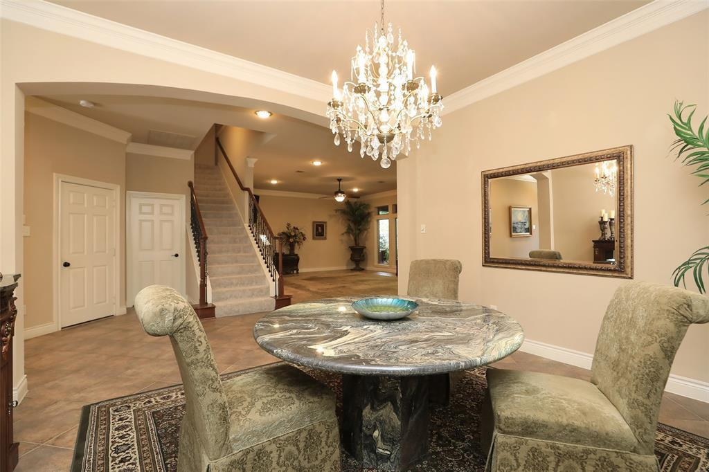 Off Market | 1027 Vaulted Oak Street Houston, TX 77008 10