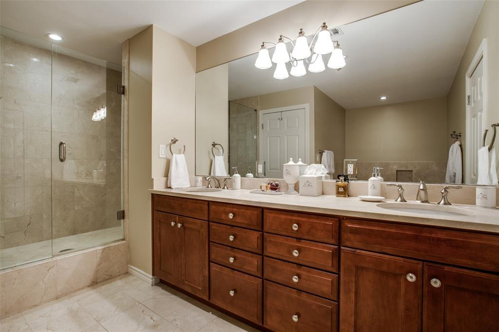 Active | 5909 Luther Lane #1604 Dallas, TX 75225 3