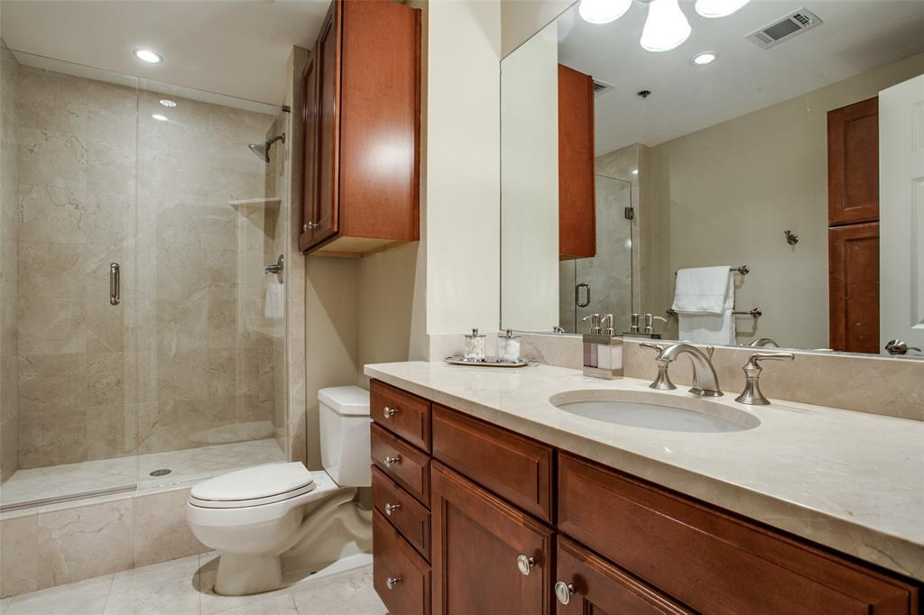 Active | 5909 Luther Lane #1604 Dallas, TX 75225 8