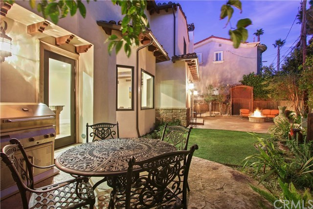 Active   814 S Juanita  Avenue Redondo Beach, CA 90277 53