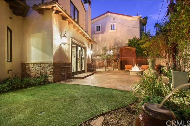 Active   814 S Juanita  Avenue Redondo Beach, CA 90277 55