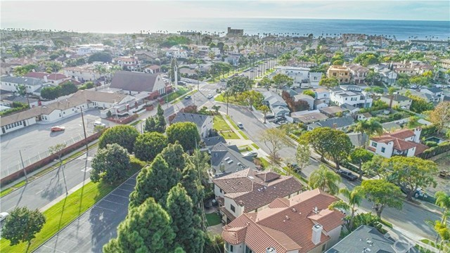 Active   814 S Juanita  Avenue Redondo Beach, CA 90277 64