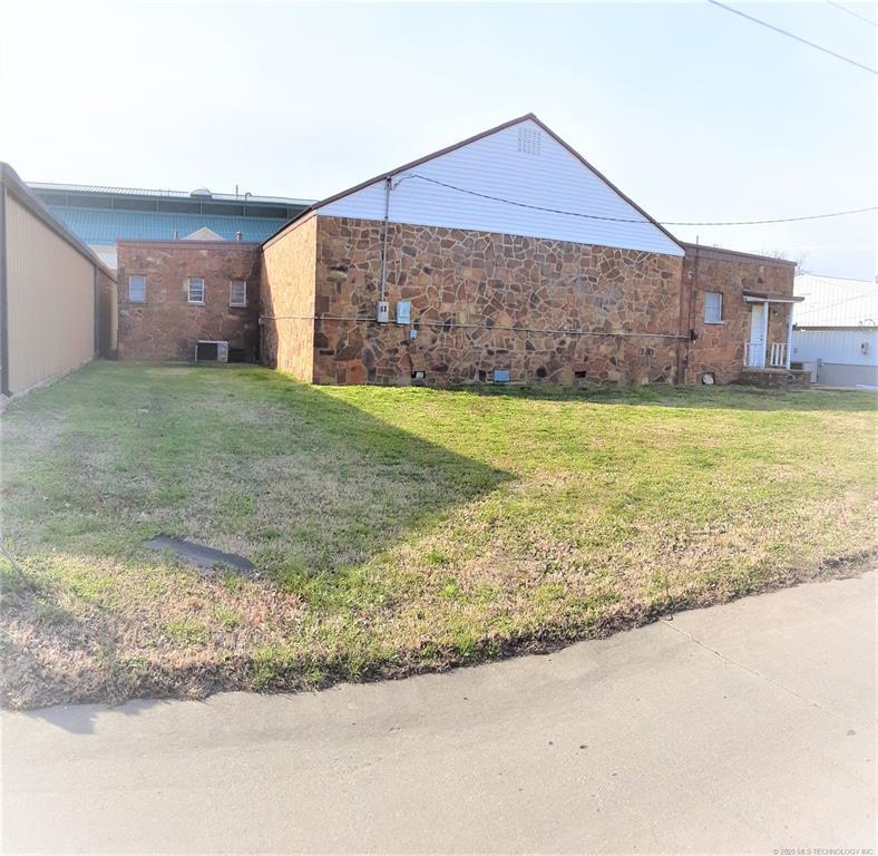 Sold Property | 23 N Vann Street Pryor, OK 74361 2