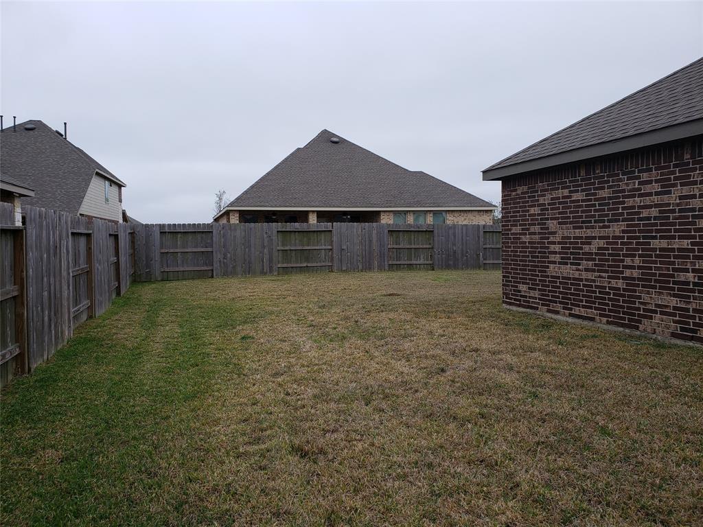 Pending   1910 Copper Knoll Court Houston, TX 77089 14