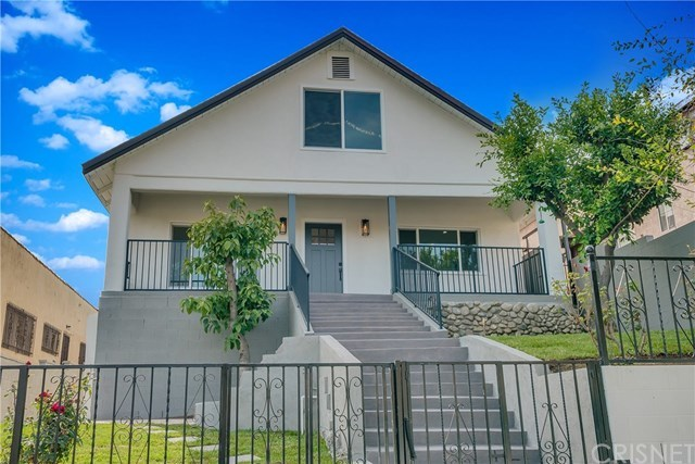 Active Under Contract | 3022 Blanchard Street Los Angeles, CA 90063 2