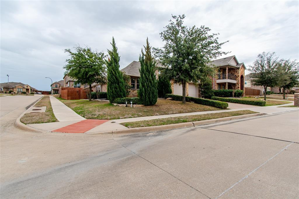 Sold Property | 8613 Hornbeam Drive Fort Worth, TX 76123 2