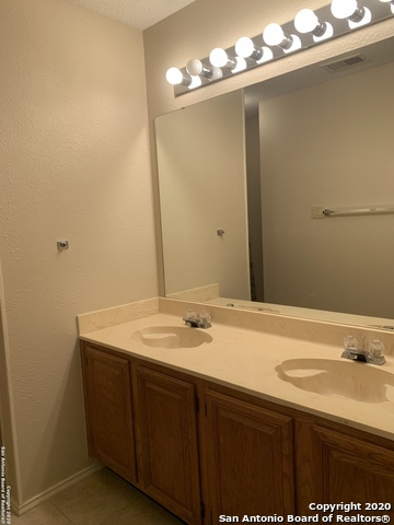Property for Rent | 11203 FOREST SHOWER  Live Oak, TX 78233 12