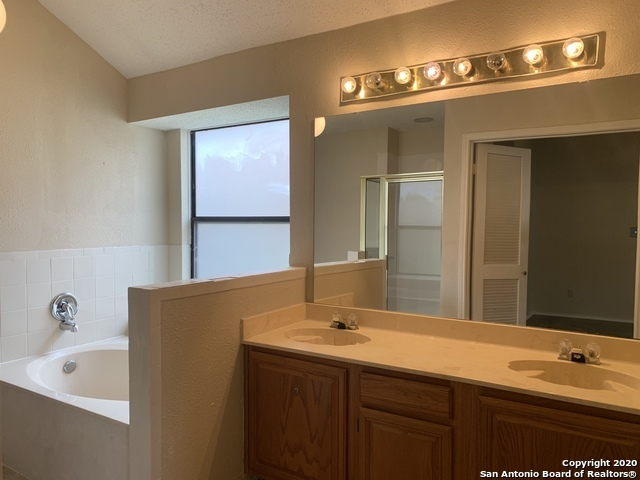 Property for Rent | 11203 FOREST SHOWER  Live Oak, TX 78233 16