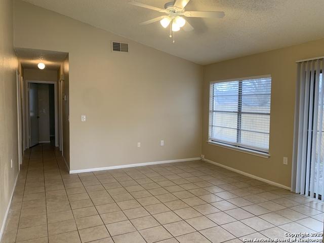 Property for Rent | 3610 Candlerock Circle  San Antonio, TX 78244 2