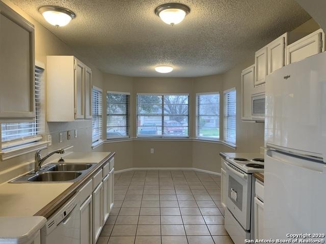 Property for Rent | 3610 Candlerock Circle  San Antonio, TX 78244 3