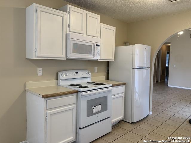 Property for Rent | 3610 Candlerock Circle  San Antonio, TX 78244 5