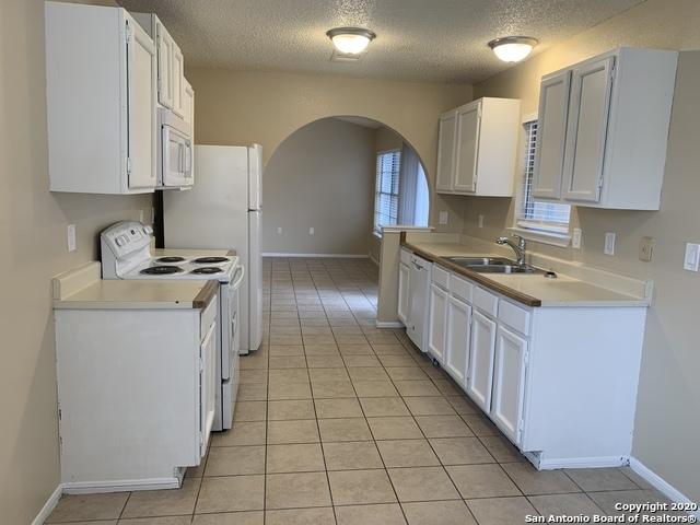 Property for Rent | 3610 Candlerock Circle  San Antonio, TX 78244 6