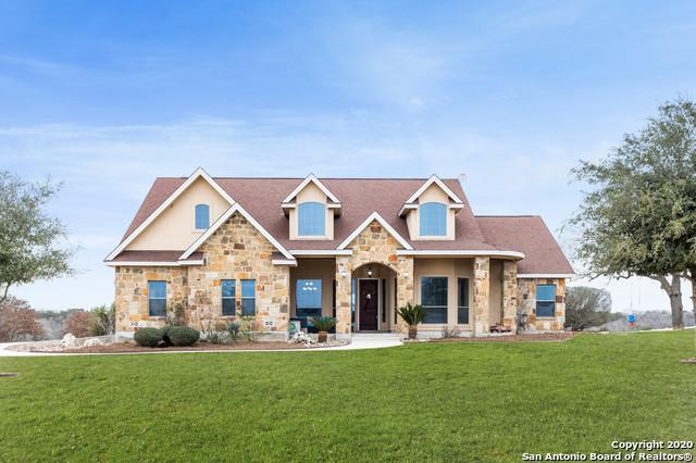 Active | 209 ABREGO LAKE DR  Floresville, TX 78114 2