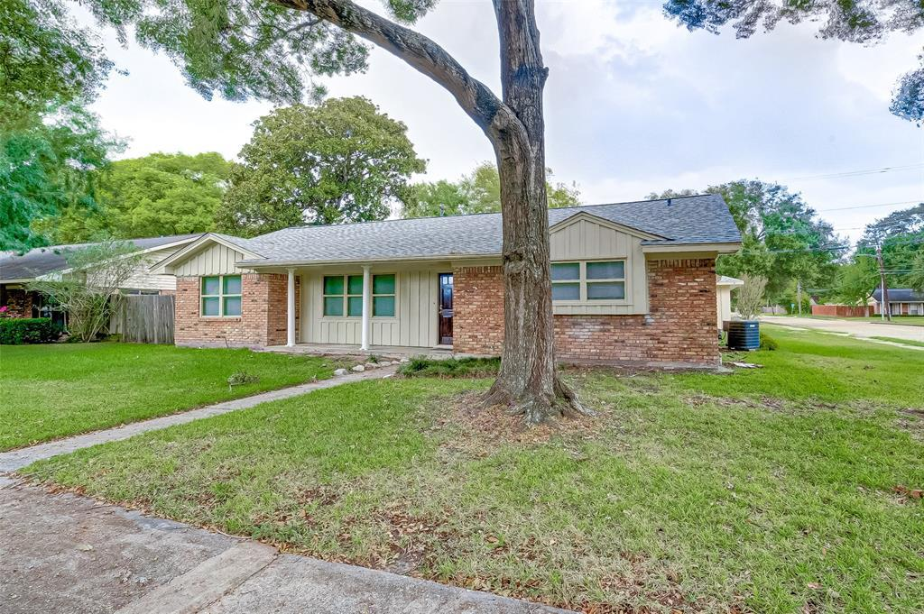 Property for Rent | 5402 Indigo Street Houston, TX 77096 3
