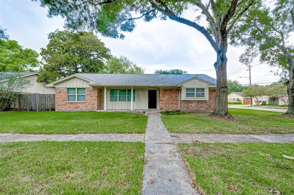 Property for Rent | 5402 Indigo Street Houston, TX 77096 4