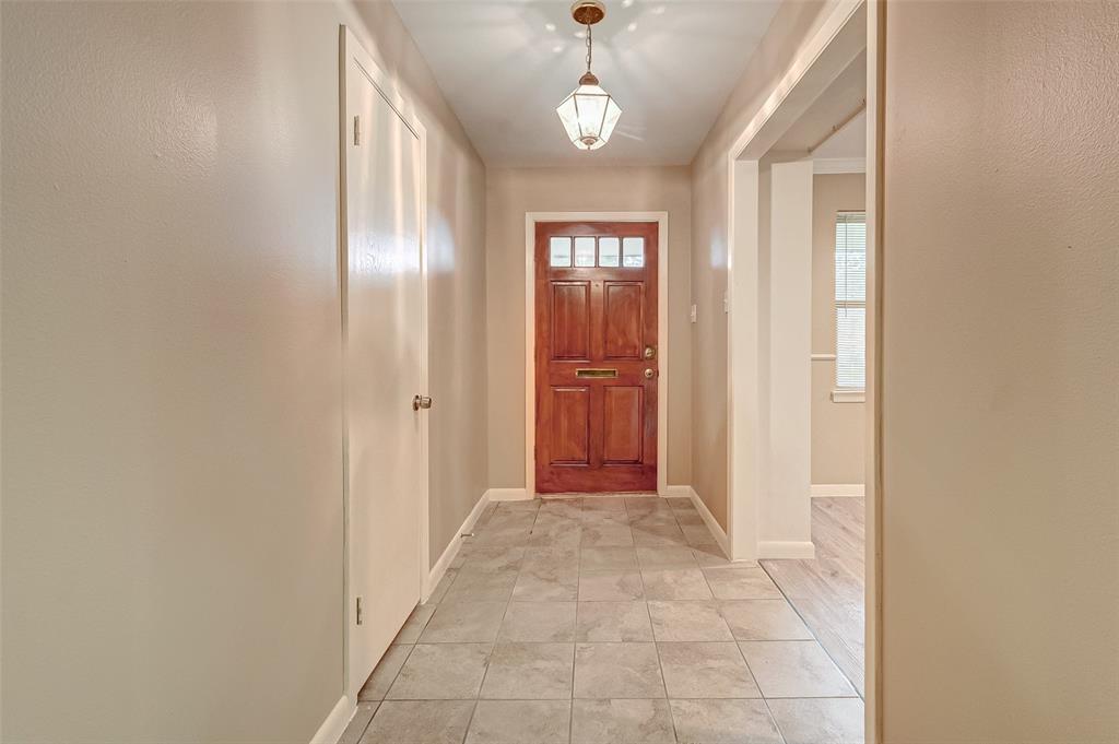 Property for Rent | 5402 Indigo Street Houston, TX 77096 6
