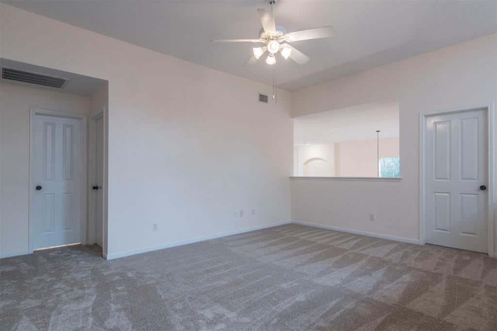 Active   3 Pine Island Place Spring, TX 77382 16