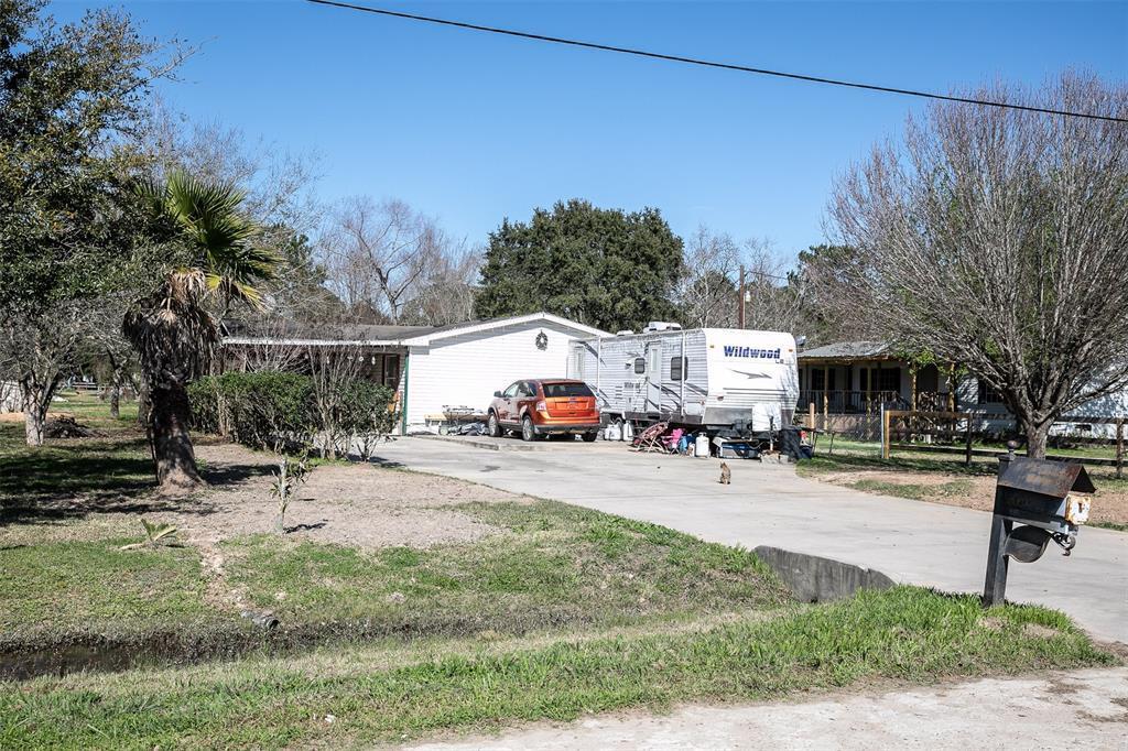 Active | 23118 Woodbine Meadows Hockley, TX 77447 4