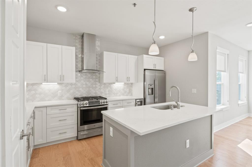 Active | 2721 Wingate  Street #107 Fort Worth, TX 76107 1