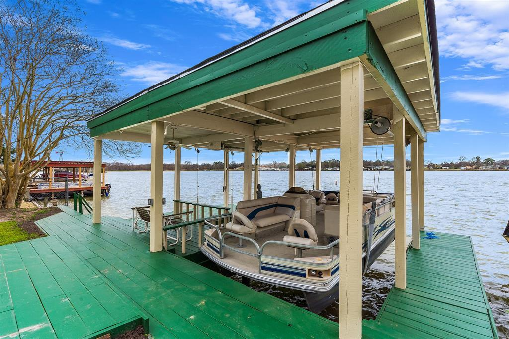 Active | 12884 Point Drive Drive Willis, TX 77318 17