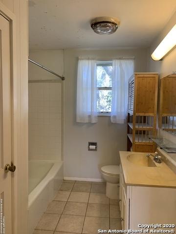 Property for Rent | 7 N STAR RD  Boerne, TX 78015 11