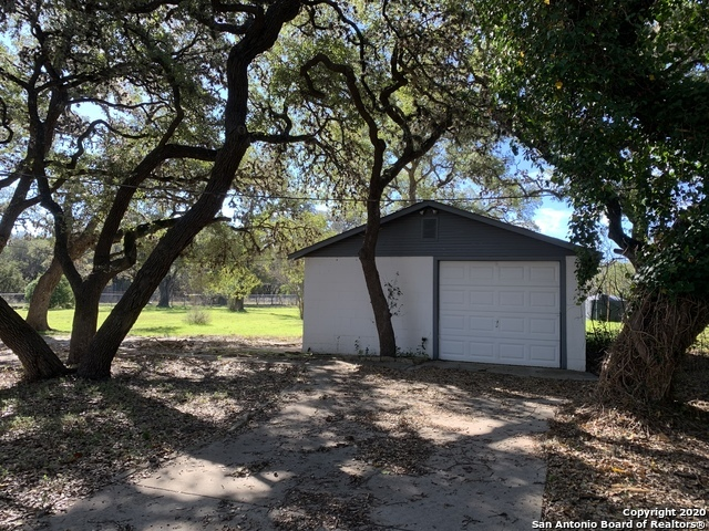 Property for Rent | 7 N STAR RD  Boerne, TX 78015 15