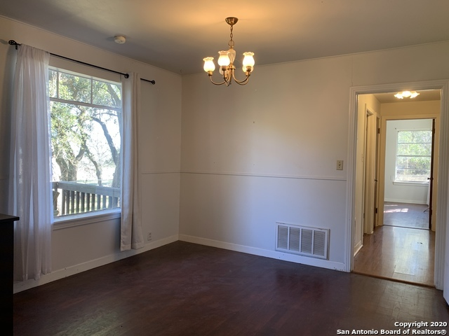 Property for Rent | 7 N STAR RD  Boerne, TX 78015 3