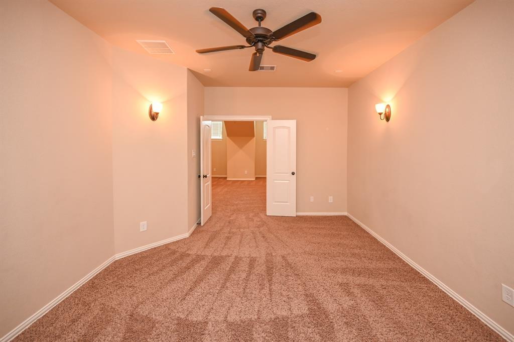 Pending | 34018 Mill Creek  Way Pinehurst, TX 77362 44